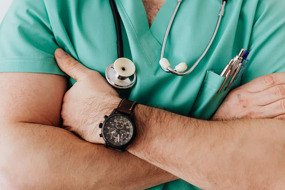 nurse crossing their arms